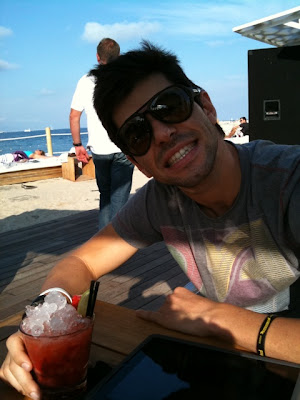 Хайме Альгерсуари на пляже