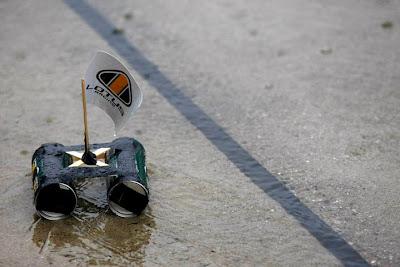 кораблик Lotus на Гран-при Японии 2010