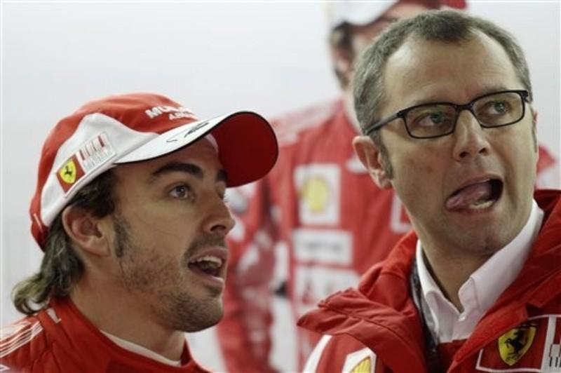 Фернандо Алонсо и Стефано Доменикали на Гран-при Бразилии 2010
