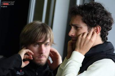 Ник Хайдфельд и Бруно Сенна на предсезонных тестах 2011 в Хересе