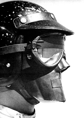 шлем Дэна Герни до 1968 года с кожаной защитой всего лица