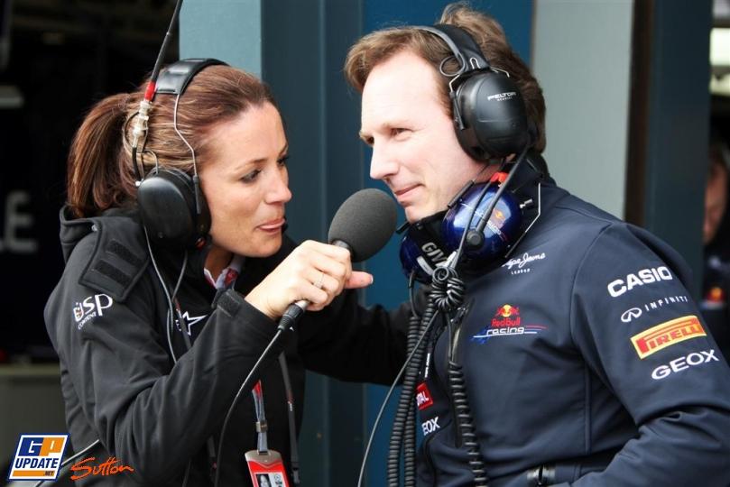 Кристиан Хорнер дает интервью на Гран-при Австралии 2011