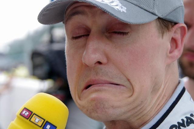 Михаэль Шумахер дает интервью RTL на Гран-при Австралии 2011