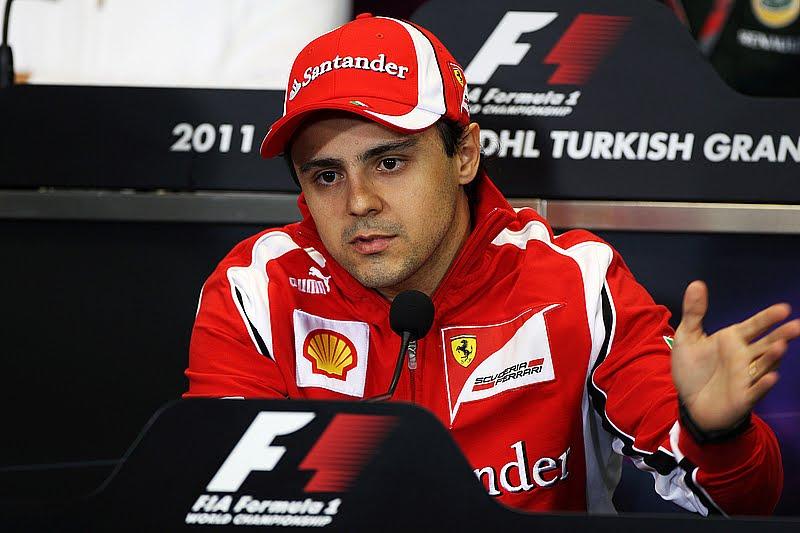 Фелипе Масса на пресс-конференции в четверг на Гран-при Турции 2011