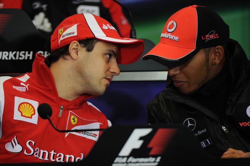 Фелипе Масса и Льюис Хэмилтон на пресс-конференции в четверг на Гран-при Турции 2011