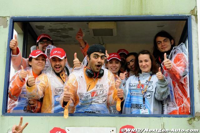маршалы Истамбул-Парка на Гран-при Турции 2011