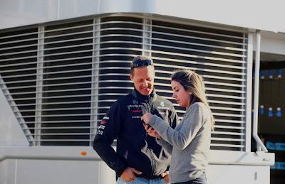 Михаэль Шумахер с Рафаэлой Массой на Гран-при Турции 2011