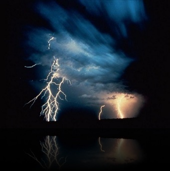 thunder_and_lightning