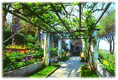 villa san michele Garden Pathway