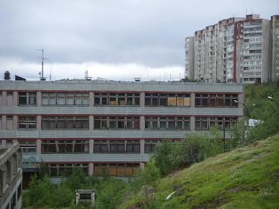 廃墟のビル