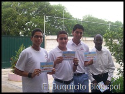 2010_MAYO_28_-_ESTUDIANTES_DE_HONOR_3ERO_II[1]