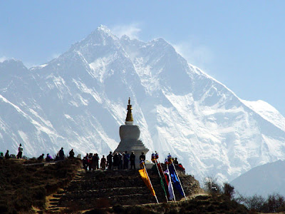 Everest - Stupa in honor of Tenzing Norgay