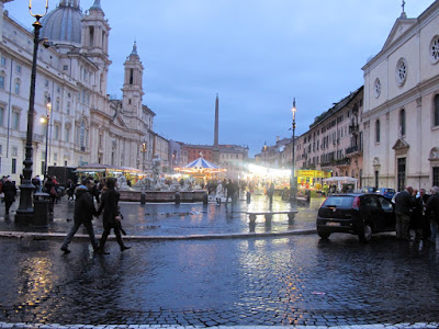Evening Christmas market on the Piazza Navona