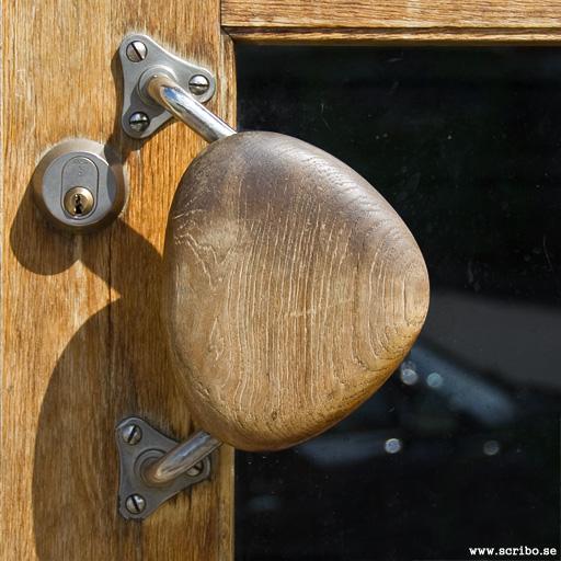Dörrhantag på ytterdörr 50-talet