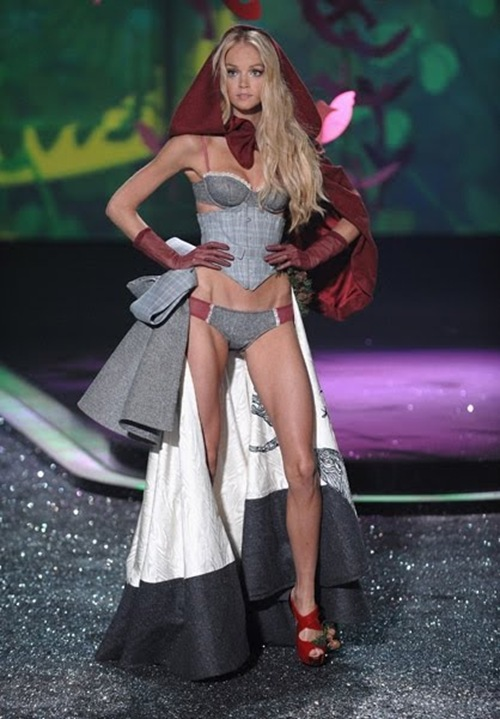 Period corsets  Victorias Secret  VSFS 2009
