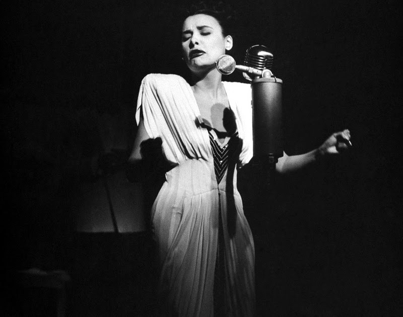 essay on lena horne Lena horne heather donahue march 23, 2000 humanities 15 tues & thurs 9:30 - 11 am page 1 was born on june 30, 1917 in brooklyn, new york.