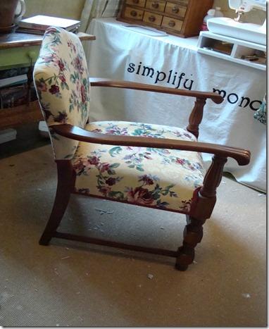 upholseried chair 004