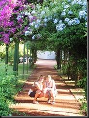 Buenos - Ingelin and Anna i botanisk hage