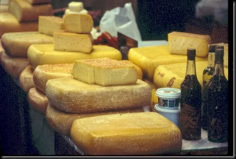 Puerto Montt - Chile - Angelmo - Cheesemarket
