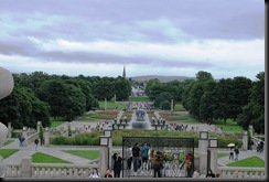 111 - OsloBG - Mini Tour - Vigeland Park overview