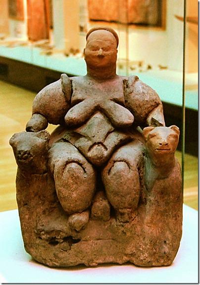siedząca bogini z catal huyuk