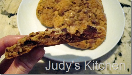 PB heath bar cookies (2)
