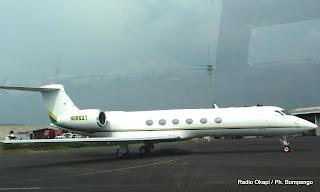 – Un avion jet immatriculé N886 DT stationné à l'aéroport de Goma, cloué au sol par le gouvernement de la RDC qui le soupçonné de trafic illicite des minerais.