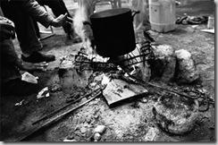 migrants doigts brûlés