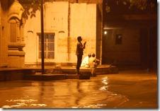India 2010 -Varanasi  ,  paseo  nocturno  - 20 de septiembre   13