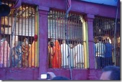 India 2010 -Varanasi  ,  paseo  en barca por el Ganges  - 21 de septiembre   33