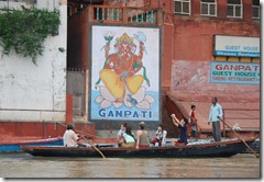 India 2010 -Varanasi  ,  paseo  en barca por el Ganges  - 21 de septiembre   161