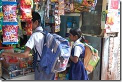 India 2010 -Varanasi  ,  paseo  en barca por el Ganges  - 21 de septiembre   217