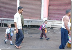 India 2010 -Varanasi  ,  paseo  en barca por el Ganges  - 21 de septiembre   242