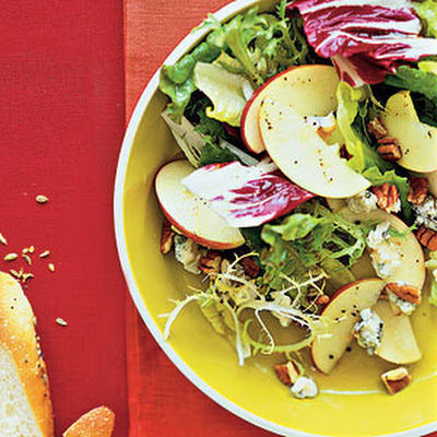 Pear-Goat Cheese Salad