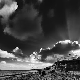 Penarth Sun rays by Andrew Richards - Landscapes Beaches