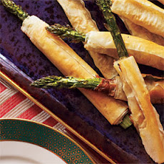 Phyllo-Wrapped Asparagus with Prosciutto