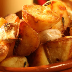 Perfect Goose Fat Roast Potatoes With Garlic And Rosemary
