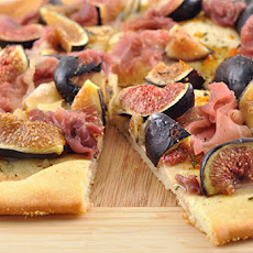 Fig, Brie and Prosciutto Flatbread