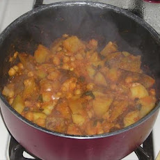 Curried Chickpeas & Potatoes