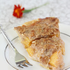 Peach Crumble Pie