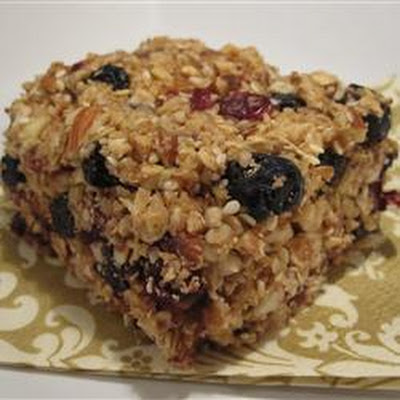 Blueberry-Almond Energy Bars