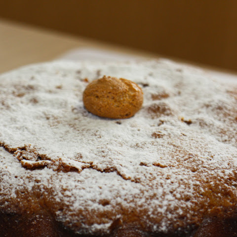 Amazing Cake with Amaretti Biscuits
