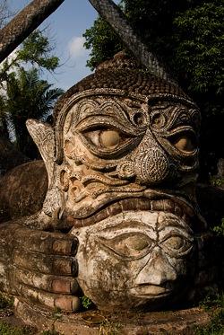 xieng-khuan-buddha-park
