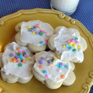 Aunt Gail's Sour Cream Sugar Cookies