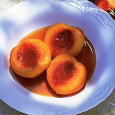 Fresh Peaches Baked in Marsala with Mascarpone Cream