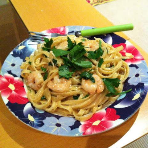 Creamy Chilli Garlic Prawn Fettuccine With Parsley.