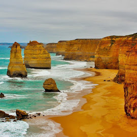 The apostles  by Carl Harris - Landscapes Beaches ( #this is australia )