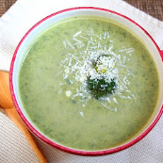 Broccoli Cheese Soup (Low Carb and Gluten Free)