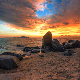 Action by Herlan Satriandi - Landscapes Beaches ( sunset, beach, kalbar, singkawang, landscape, natural )