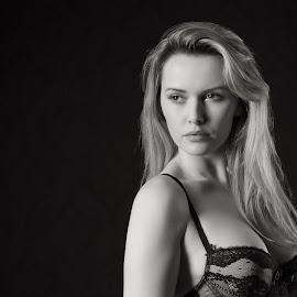 Carla Monaco by Barrie Spence - Nudes & Boudoir Boudoir ( models, monochome, blonde, b&w, lingerie, pavilion photographic studio, teaching, black and white, blonde hair, boudoir, carla monaco )